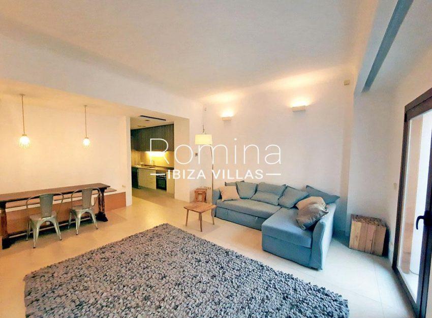 romina-ibiza-villas-rv-824-57-apto patio-3living dining room2