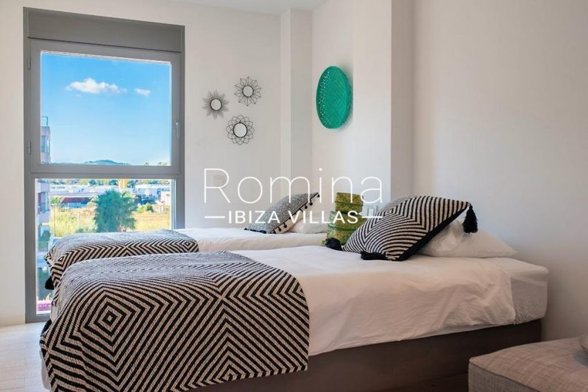 romina-ibiza-villas-rv-825-88-apto-jaden-4bedroom twin