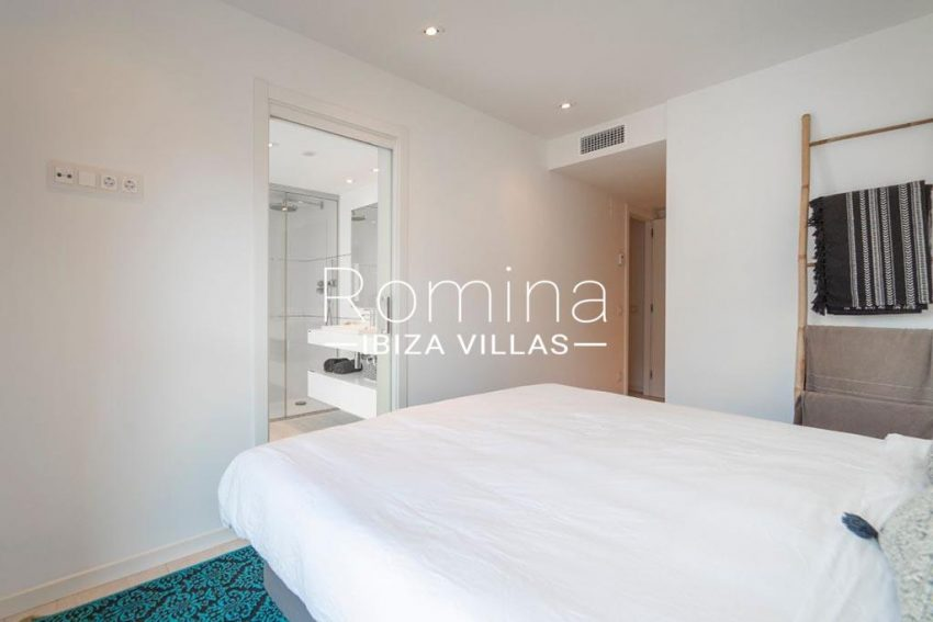 romina-ibiza-villas-rv-825-88-apto-jaden-4bedroom1