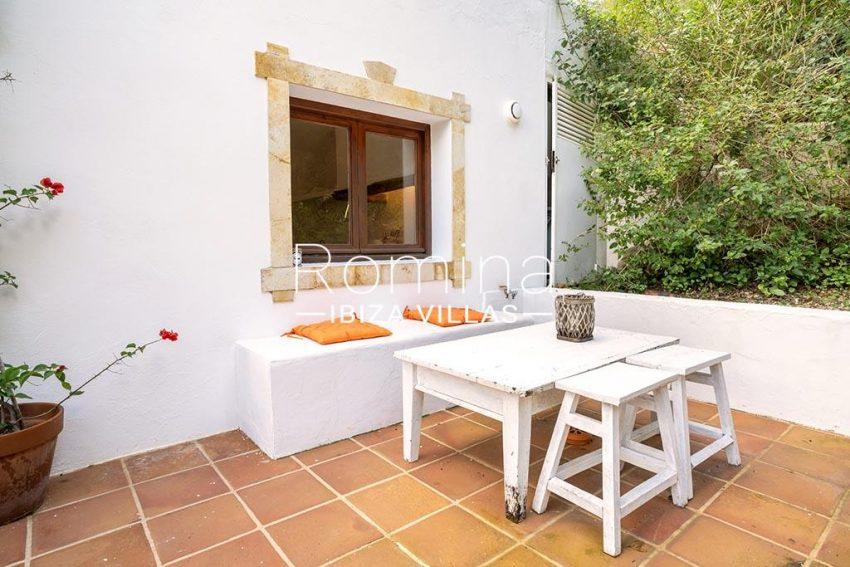 romina-ibiza-villas-rv-826-75-can-zaria-2guest house terrace