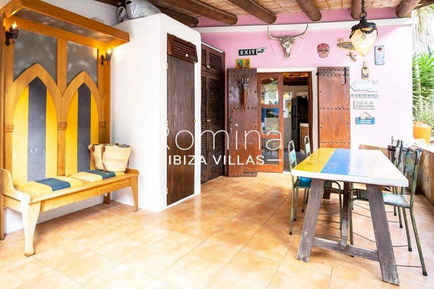 romina-ibiza-villas-rv-826-75-can-zaria-2terrace dining area