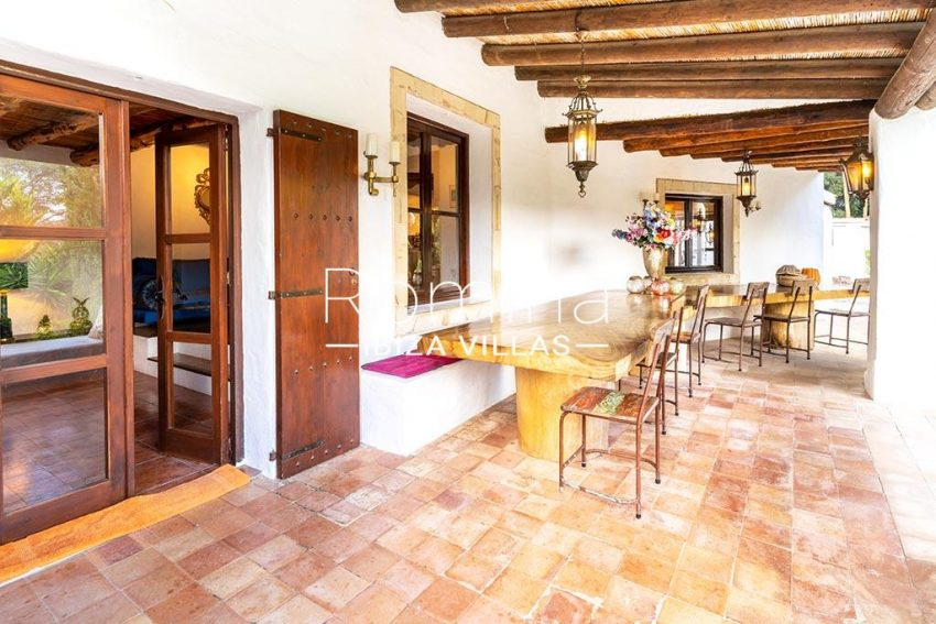 romina-ibiza-villas-rv-826-75-can-zaria-2terrace dining table and benches2