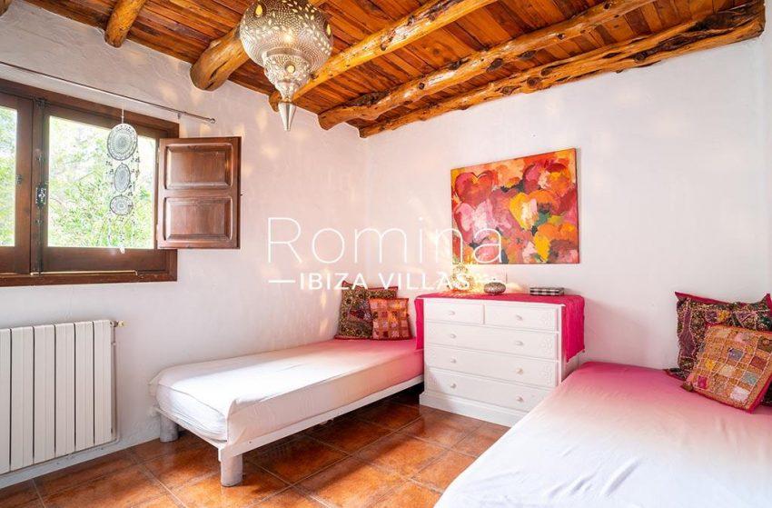 romina-ibiza-villas-rv-826-75-can-zaria-4bedroom twin