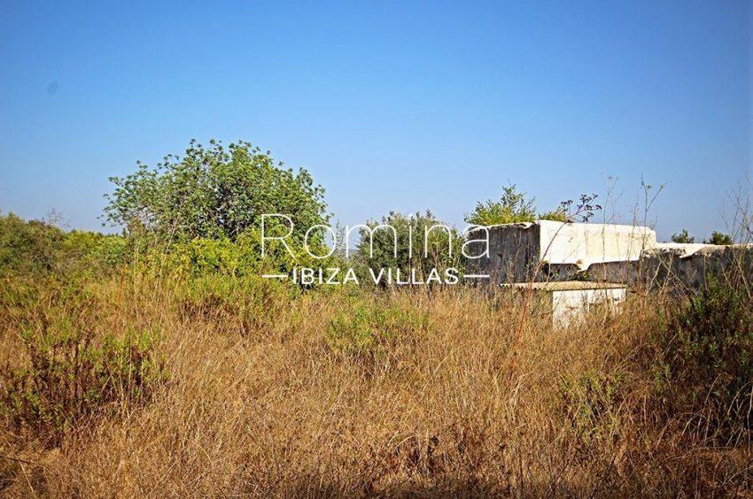 romina-ibiza-villas-rv-829-55-2rear plot