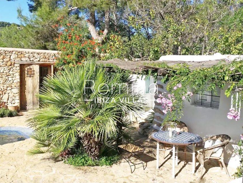 romina-ibiza-villas-rv-831-26-finca-serena-2pool terrace porch