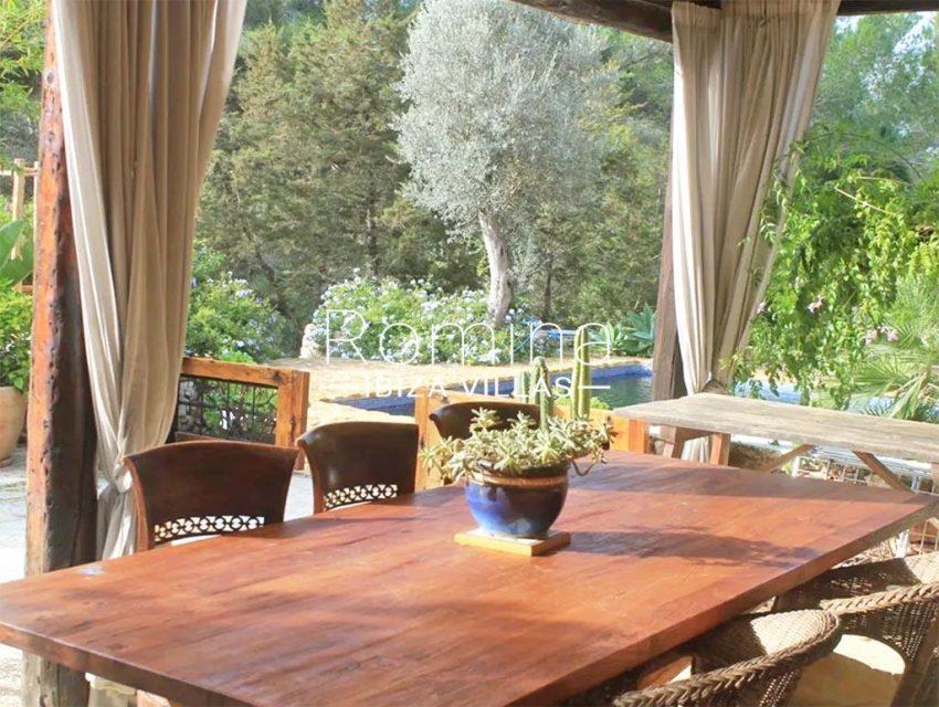 romina-ibiza-villas-rv-831-26-finca-serena-2porch dining area2