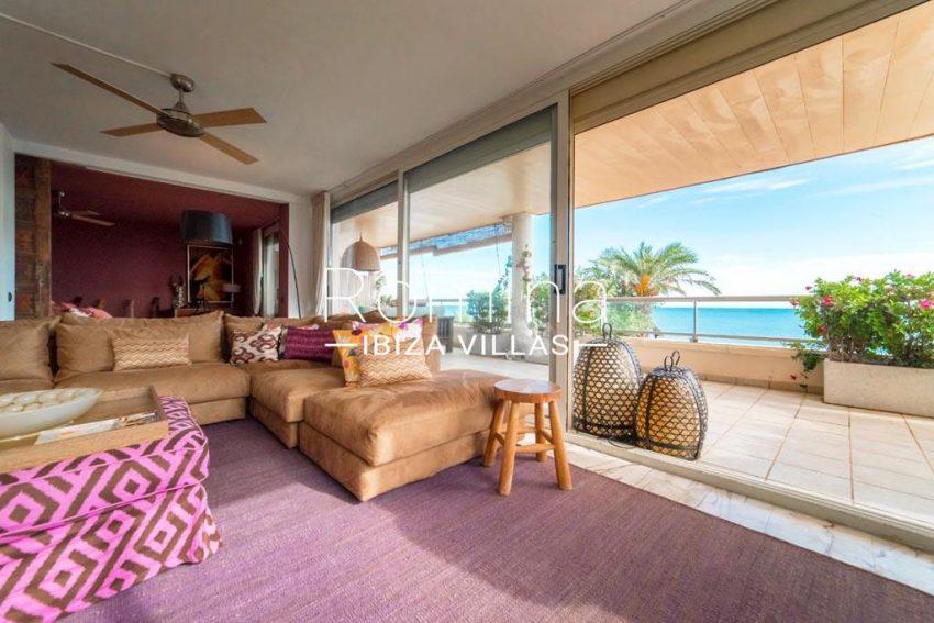 romina-ibiza-villas-rv-832-88-apto-bossa-vistas-3living room sofa sea view