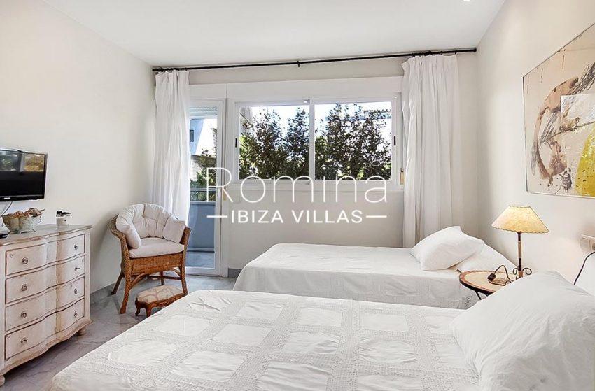 romina-ibiza-villas-rv-836-13-apto-miramar-g-4bedroom
