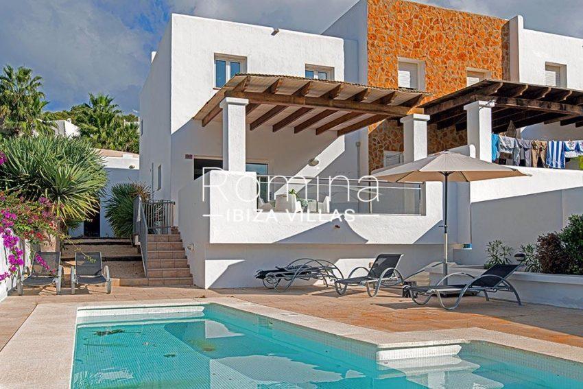romina-ibiza-villas-rv-839-57-adosado-lila-2pool facade2