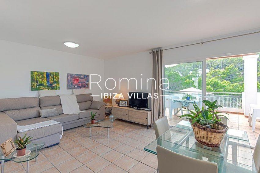 romina-ibiza-villas-rv-839-57-adosado-lila-3living dining room2