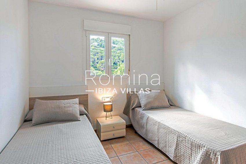romina-ibiza-villas-rv-839-57-adosado-lila-4bedroom twin