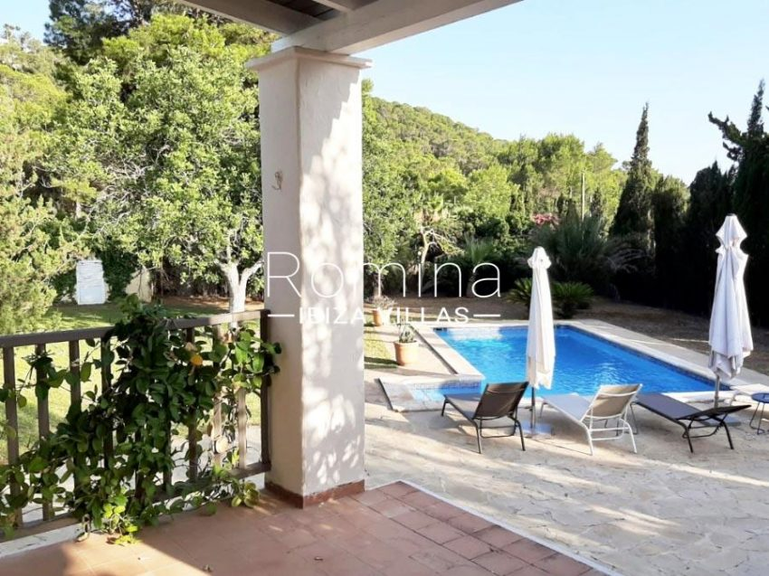 romina-ibiza-villas-rv-840-24-casa-sereia-2porch to pool