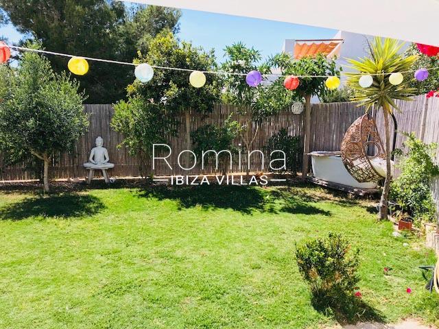 romina-ibiza-villas-rv-8452-01-adosado-mina-2garden2