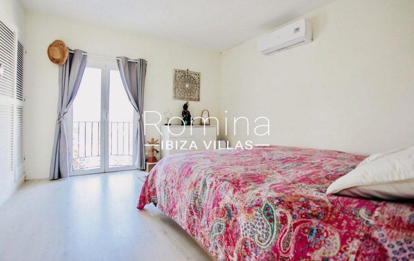 romina-ibiza-villas-rv-8452-01-adosado-mina-4bedroom