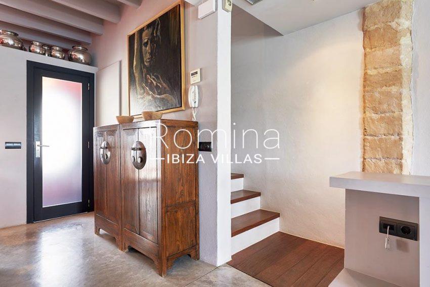 romina-ibiza-villas-rv-846-81-casa-marina-3living room stairs