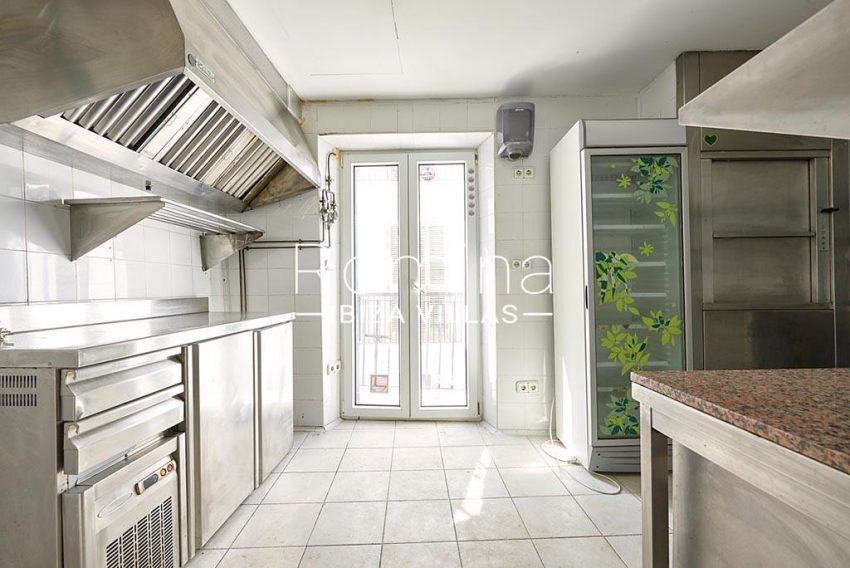 romina-ibiza-villas-rv-846-81-casa-marina-3zlocal kitchen