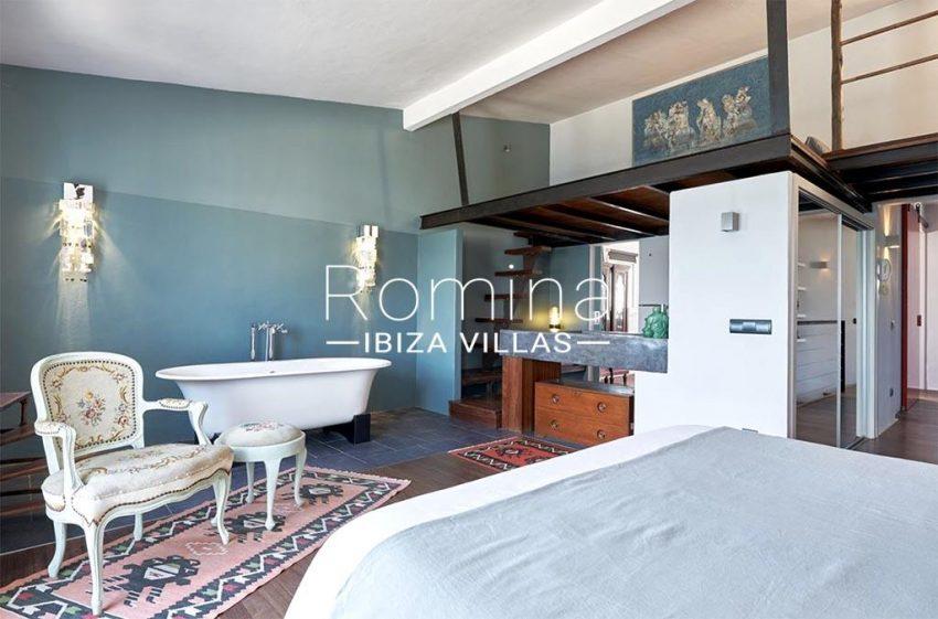 romina-ibiza-villas-rv-846-81-casa-marina-4bedroom1 bathroom