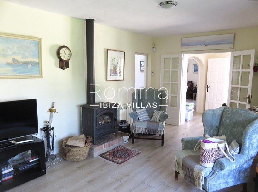 romina-ibiza-villas-rv-847-03-villa-magnolia-3living room
