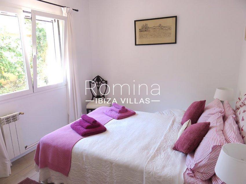 romina-ibiza-villas-rv-847-03-villa-magnolia-4bedroom2