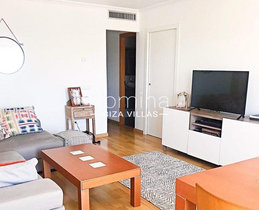 romina-ibiza-villas-rv-852-55-apto-clavel-3living dining room