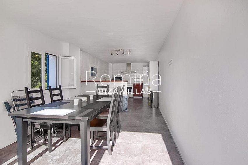 romina-ibiza-villas-rv-854-51-casa-vanda-3zdining room kitchen