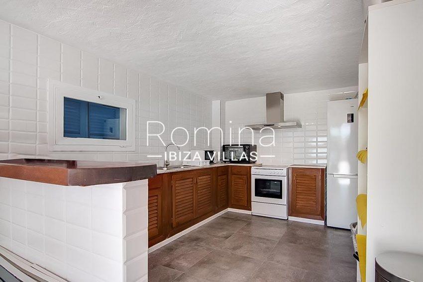 romina-ibiza-villas-rv-854-51-casa-vanda-3zkitchen