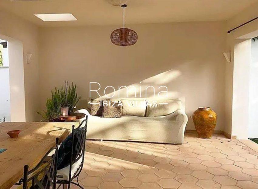 romina-ibiza-villas-rv-859-81-casa-begonia-2covered terrace sofa