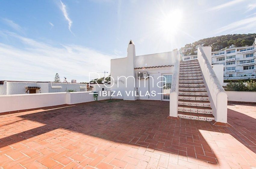 romina-ibiza-villas-rv-859-81-casa-begonia-2rooftop terrace