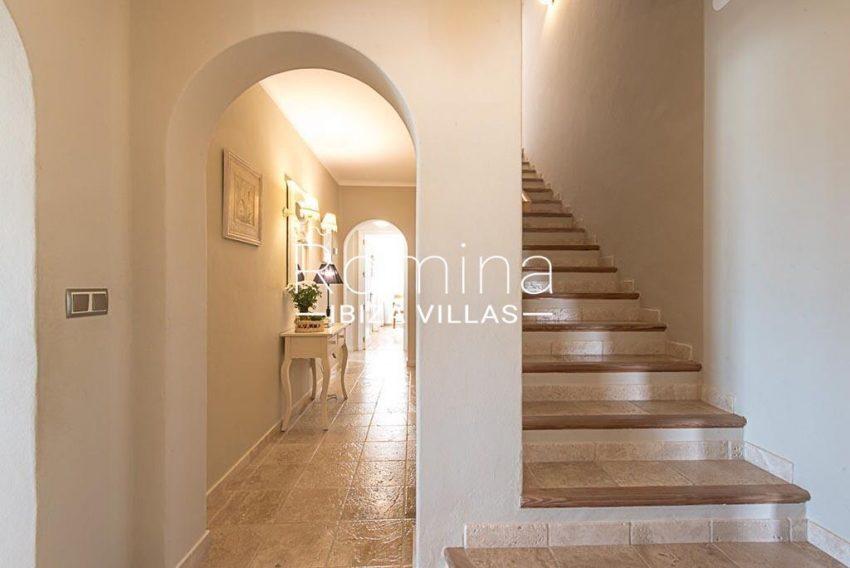 romina-ibiza-villas-rv-859-81-casa-begonia-3entrance stairs