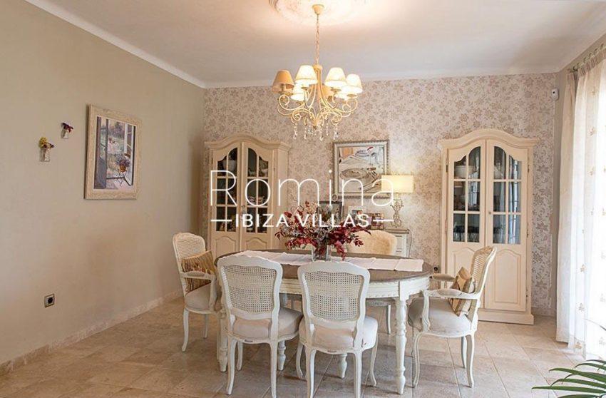 romina-ibiza-villas-rv-859-81-casa-begonia-3zdining room