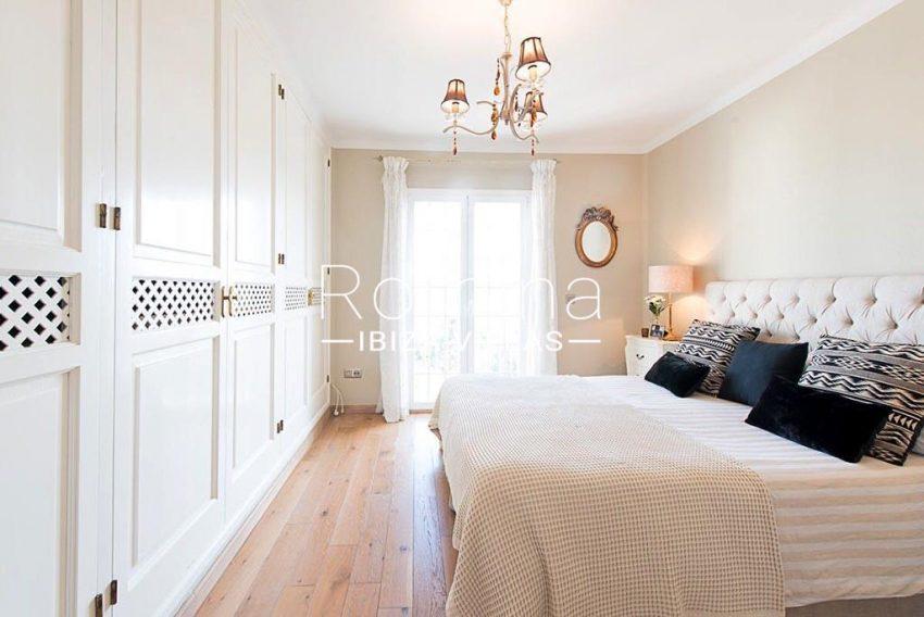 romina-ibiza-villas-rv-859-81-casa-begonia-4bedroom1bis