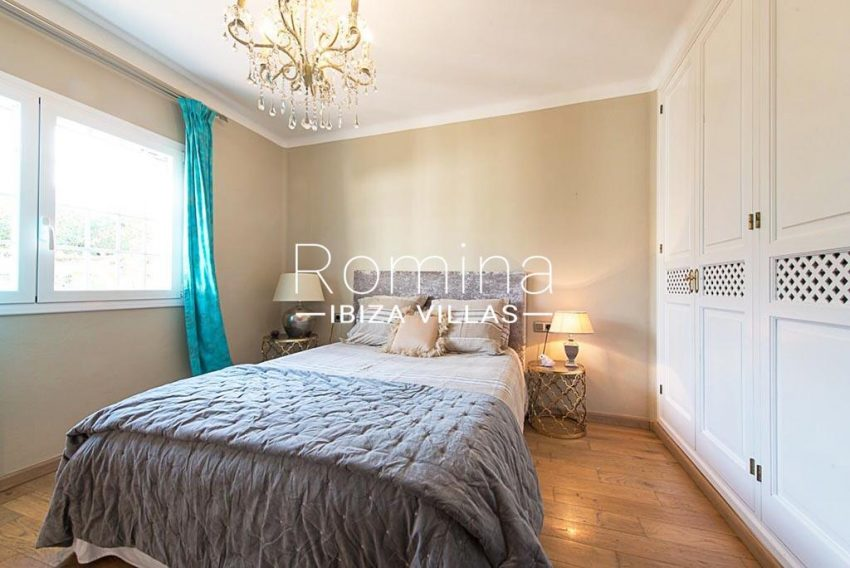 romina-ibiza-villas-rv-859-81-casa-begonia-4bedroom2