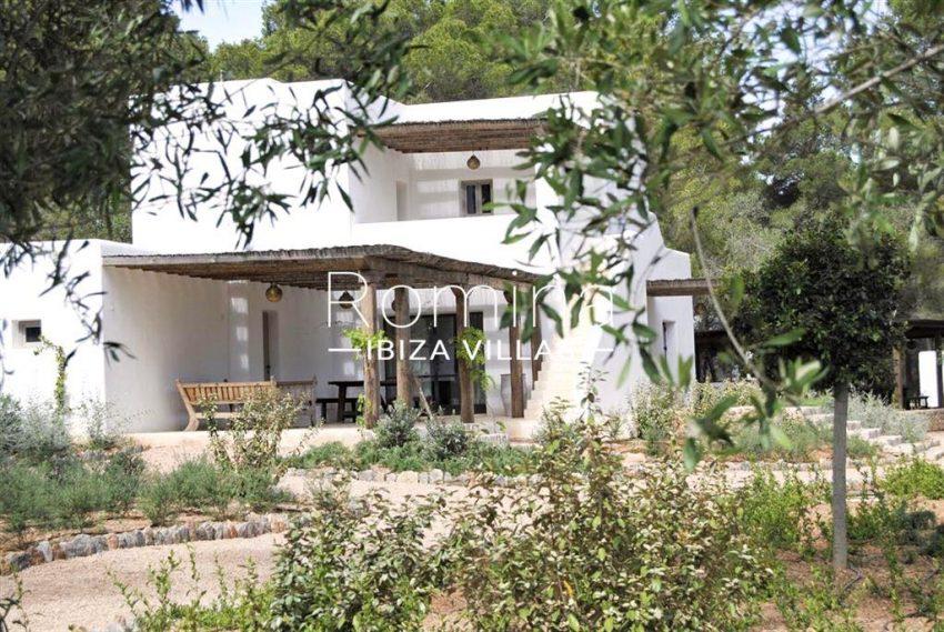 romina-ibiza-villas-rv-866-27-can-sabina-2porch