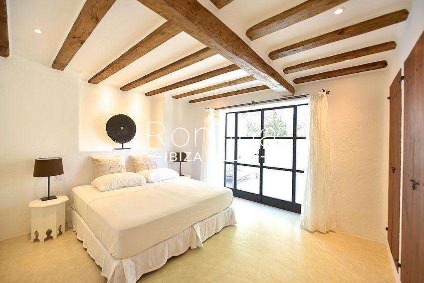 romina-ibiza-villas-rv-866-27-can-sabina-4bedroom2
