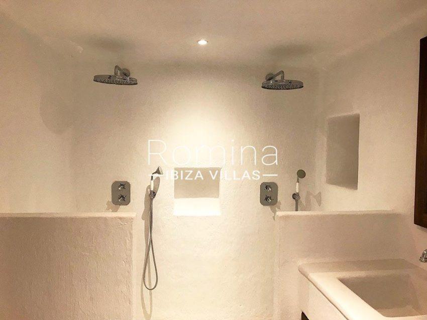 romina-ibiza-villas-rv-866-27-can-sabina-5double shower room