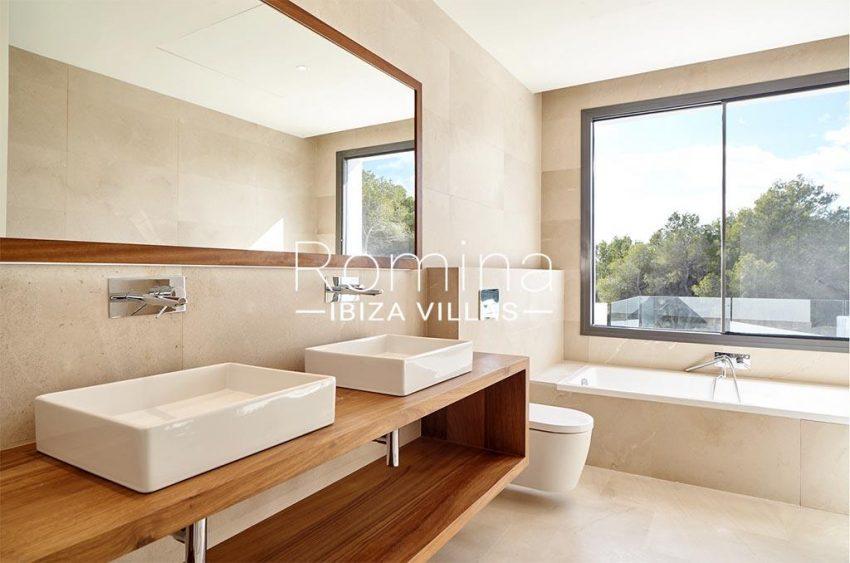 romina-ibiza-villa-rv-870-26-villa-novus-5bathroom