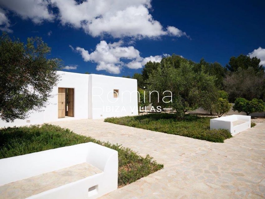 romina-ibiza-villas-rb-868-27-can-miklos-2guest house