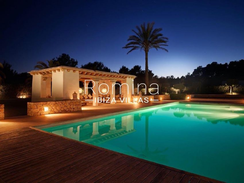 romina-ibiza-villas-rb-868-27-can-miklos-2pool pool house night