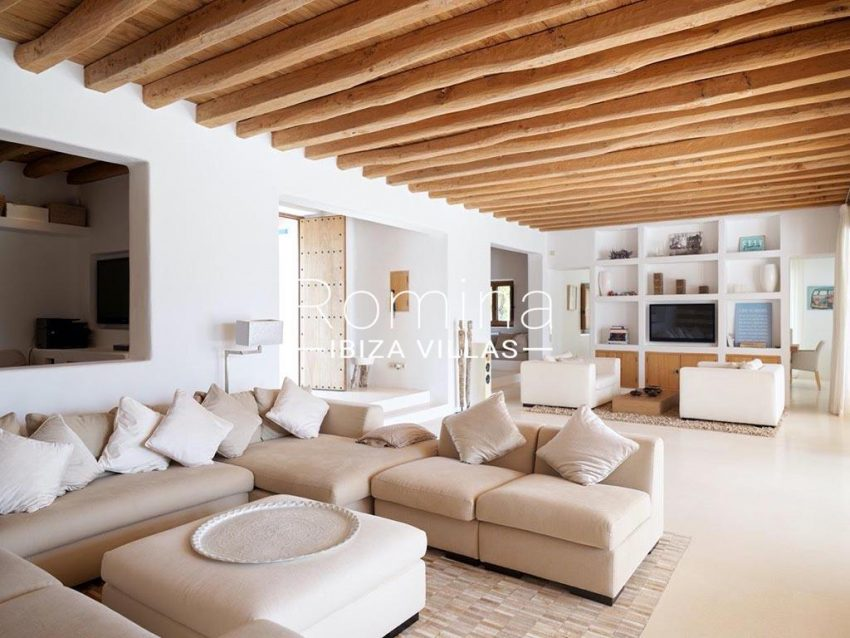 romina-ibiza-villas-rb-868-27-can-miklos-3living room