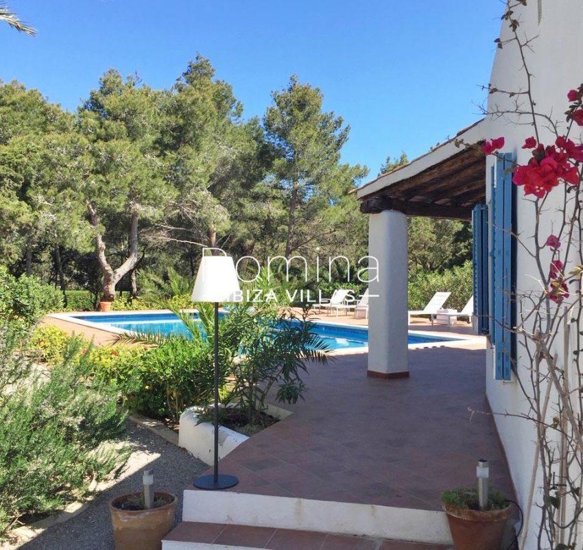 romina-ibiza-villas-rv-834-91-casa-blau-2pool porch