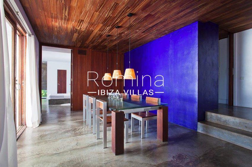 romina-ibiza-villas-rv-864-04-villa-neptunia-3zdining room