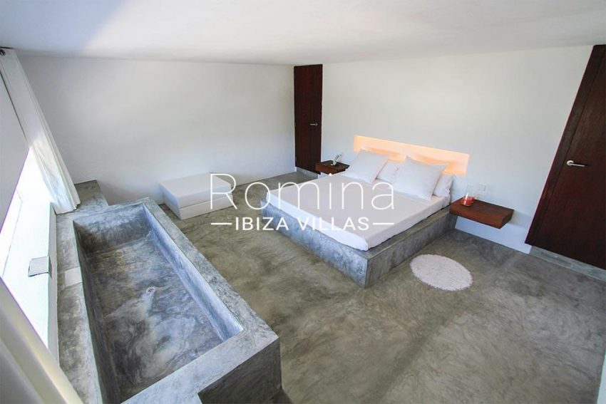 romina-ibiza-villas-rv-864-04-villa-neptunia-4bedroom4bis