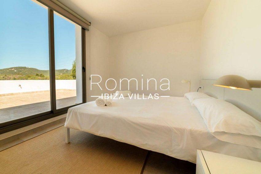 romina-ibiza-villas-rv-869-86-4bedroom terrace
