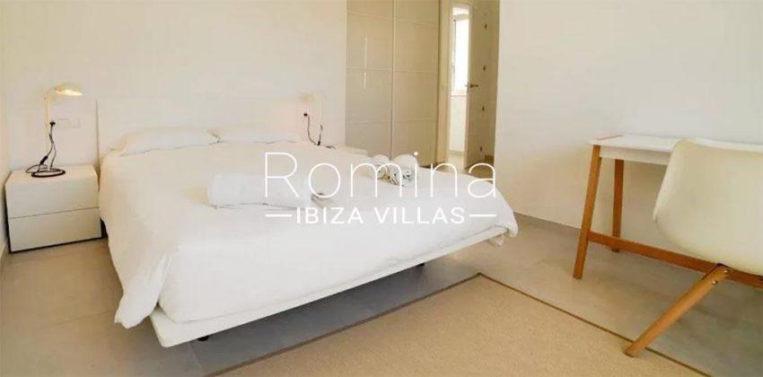 romina-ibiza-villas-rv-869-86-4bedroom4