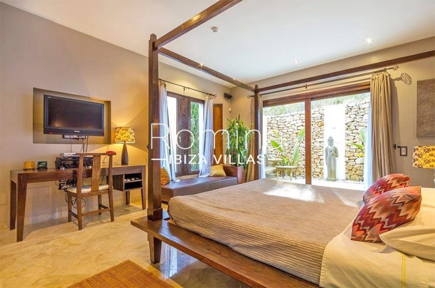 romina-ibiza-villas-rv-877-27-villa-olympia-4bedroom4bis