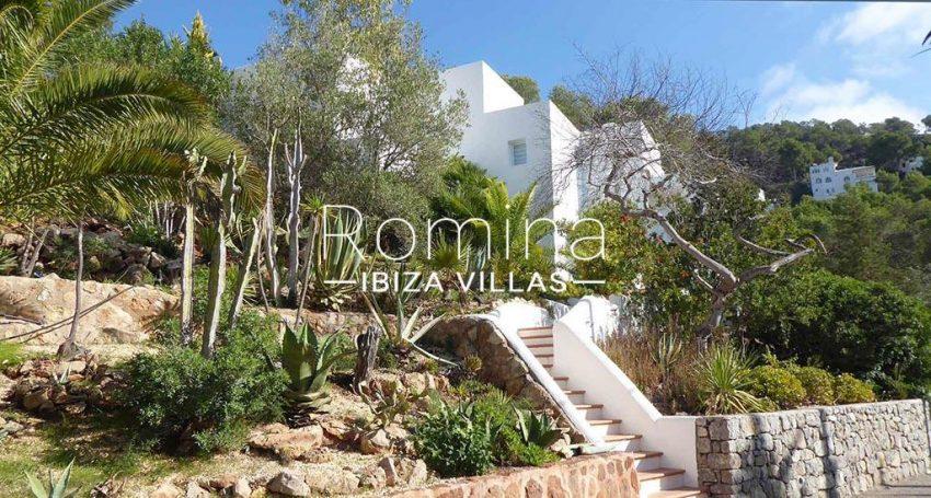 romina-ibiza-villas-rv-881-30-casa-boj-2facade gardenç