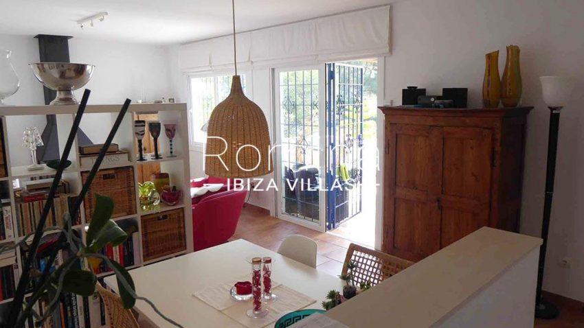 romina-ibiza-villas-rv-881-30-casa-boj-3zdining area2