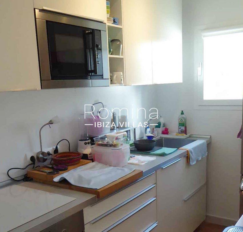 romina-ibiza-villas-rv-881-30-casa-boj-3zkitchen