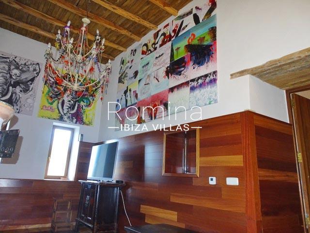 romina-ibiza-villas-rv-884-01-can-vesta-3living room