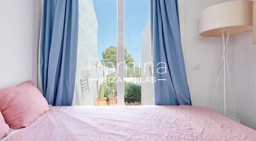 romina-ibiza-villas-rv-536-01-can-nedi-4bedroom2 main house